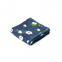 Deluxe Muslin Quilt-White Anemone